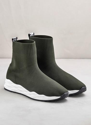 Elle Sneakers Haki